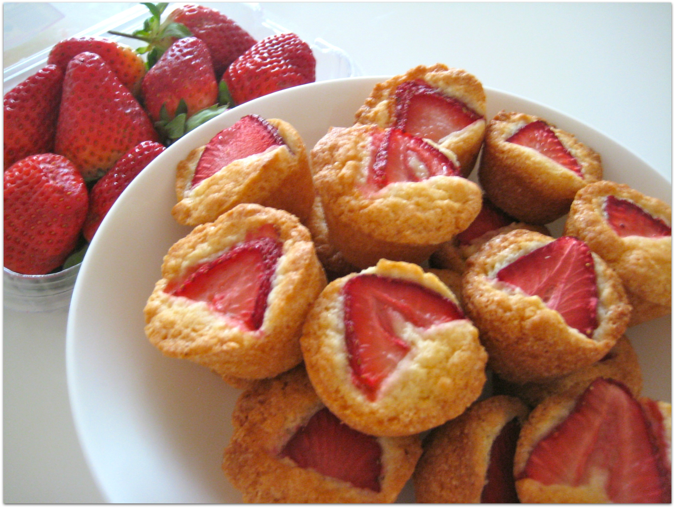 Mini Strawberry Friands