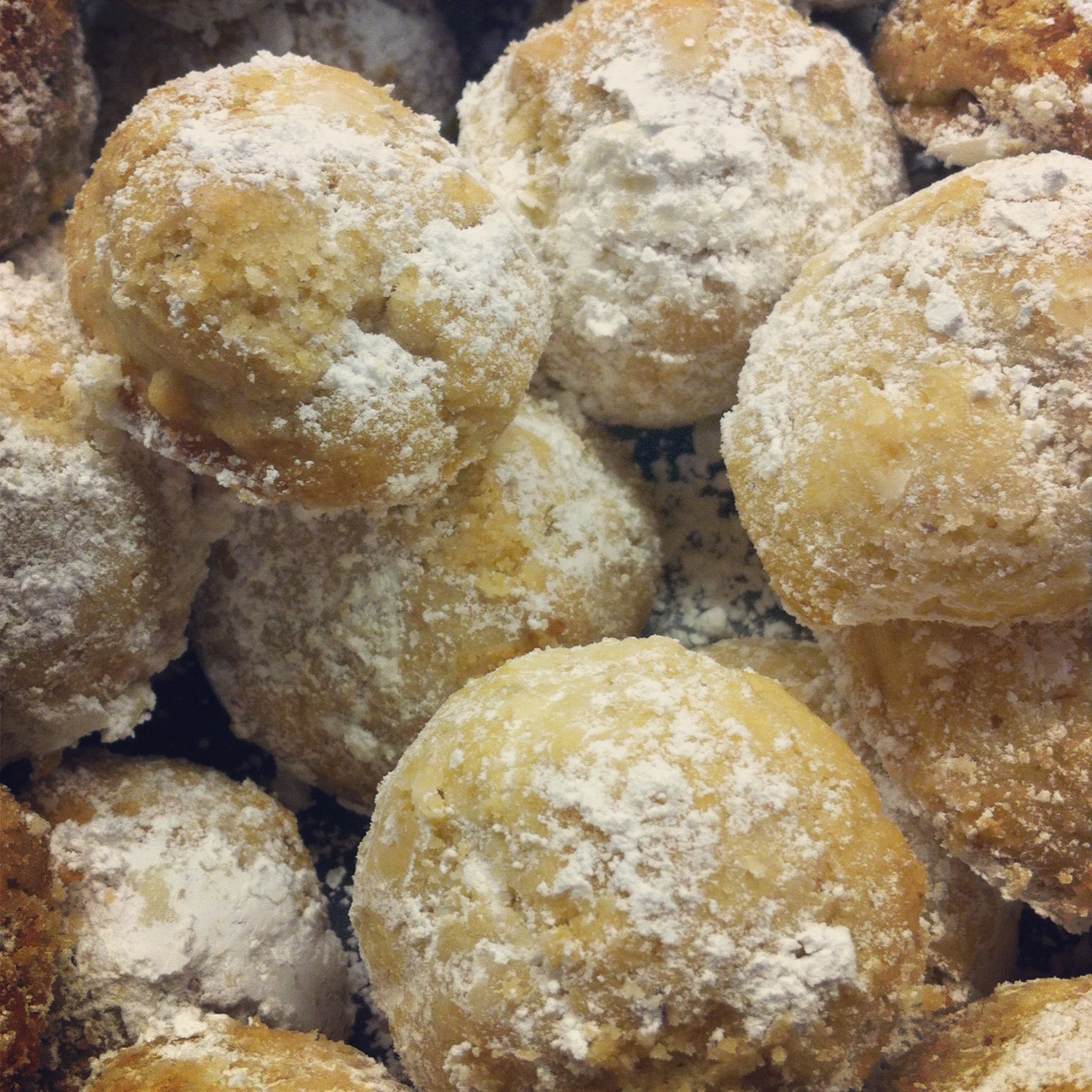 Delicious Nutty Ball Cookies