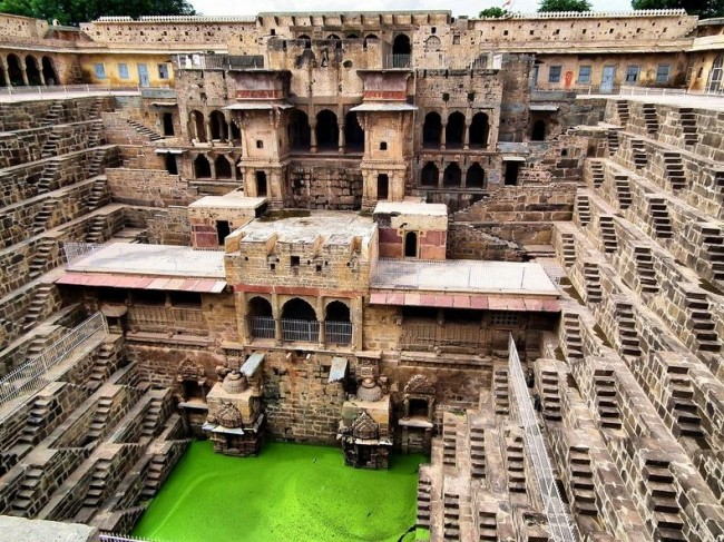 Imageoftheday.chand-baori-82