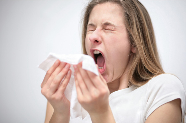 Ask the Doctor :: How can I tell if I have a cold or an allergy?