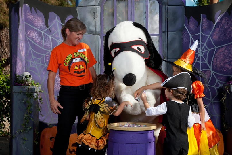What's Hot In Southern California: Camp Spooky at Knott's Berry Farm