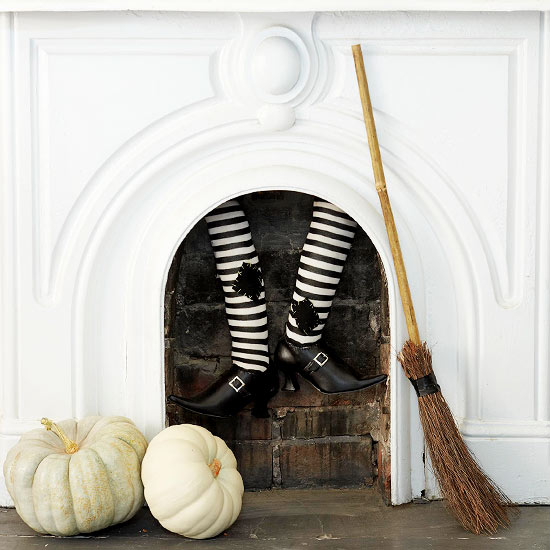 Dwell :: Decorating Tips for some Halloween Fun