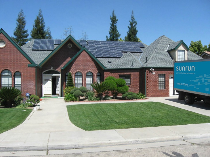 Smart Home Essentials :: The Benefits of Going Solar