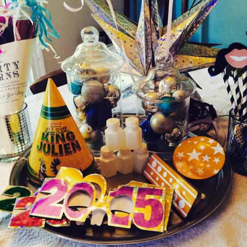 Fabulous and Simple Last Minute New Year's Party Ideas