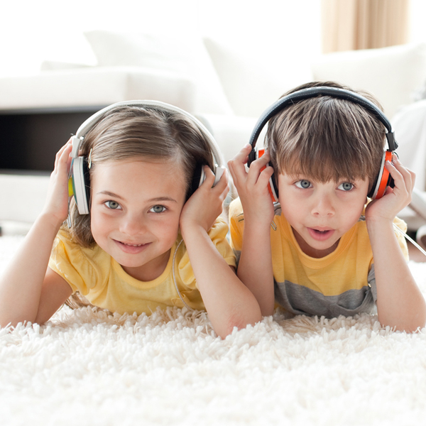 Parenting :: Make Music a Daily Activity for Children