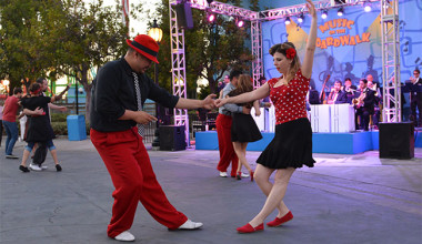 Celebrate New Year's Eve at Knott's Berry Farm