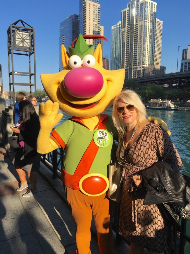 Visiting with Nature Cat in Chicago! What a cool cat he is!