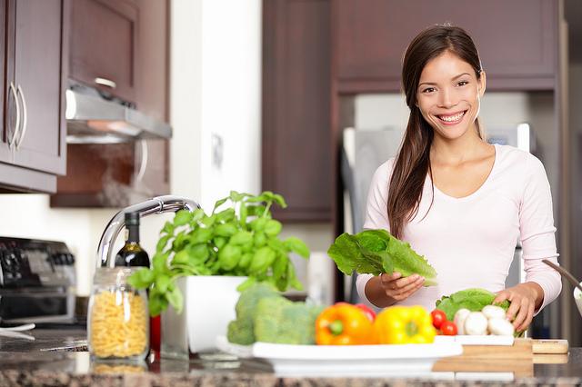 Photo.healthywoman.10563118113_1e38b2b747_z