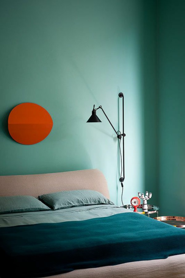 dwell.turquoise-color-range-wall-paints-bedroom-bed