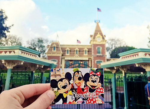 Disneyland-Ticket-Front-Gate