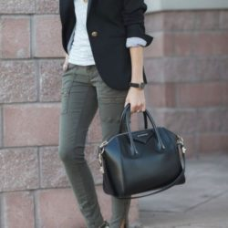 7 Stylish Summer Outfits for Women Over 40