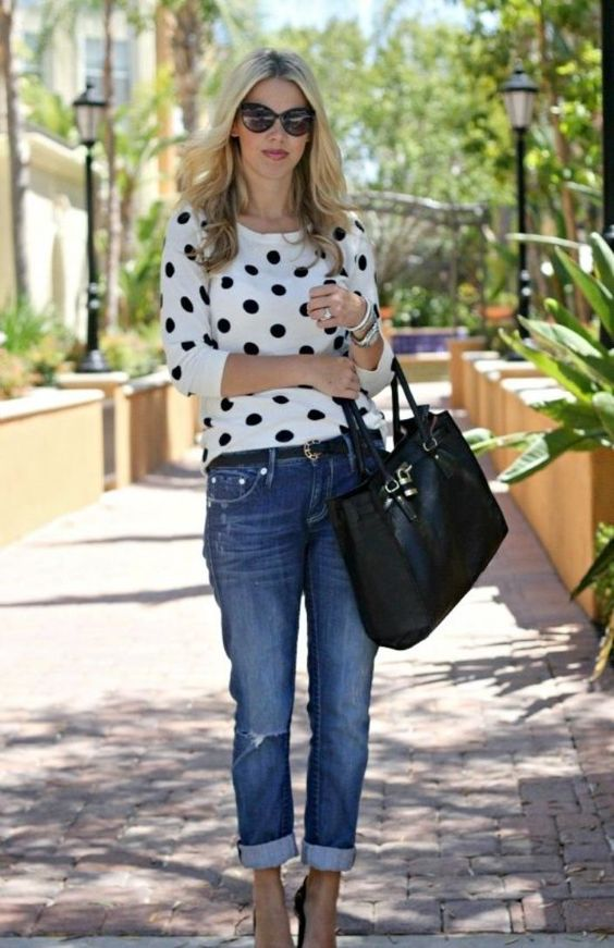 718d960c532c I am on a mission now to make sure that we provide some cute fashion tips  for all women – especially over 40! Let me know what you think about these  fashion ...
